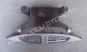 Renault Laguna 2 Torpido Havalandırma Menfezi Orta 7701049423