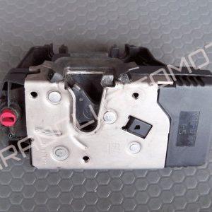 Opel Vivaro Kapı Kilidi Sağ Sürgülü 8200020185
