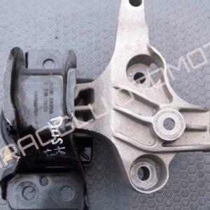 Renault Captur Clio 4 Motor Kulağı Takozu Sağ 113756731R