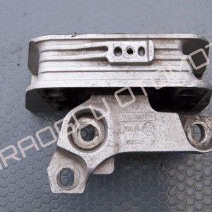 Renault Master 3 Motor Kulağı Takozu Sağ 112108180R