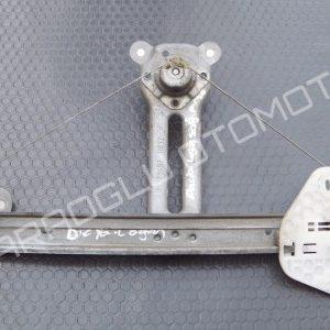 Dacia Logan Cam Krikosu Sağ Arka Manuel 8200800404