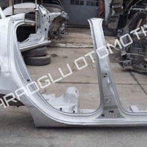 Renault Clio 3 Kesme Sağ Arka Çamurluk Marşpiyel 7751476090 7751476088