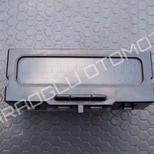 Opel Vivaro Radyo Gösterge Ekranı 8200028364