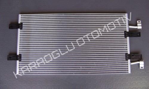 Opel Vivaro Klima Radyatörü 2.0 Dizel 8200465489 8200774211