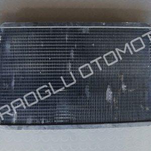 Renault R12 Toros Su Radyatörü 7702189027 7700571627 7702188783