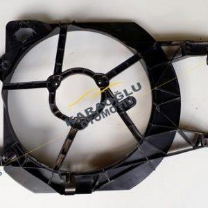 Opel Vivaro Fan Şasesi Fan Davlumbazı 1.9 Dizel 7701050191