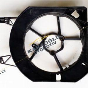 Opel Vivaro Fan Davlumbazı Fan Şasesi 2.0 Dizel 7701050191