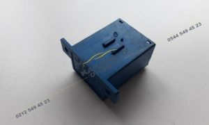 Renault R21 Cam Sileceği Rölesi 7700772350