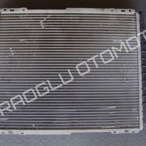 Renault Kangoo Clio Su Radyatörü Klimalı 7700836303 7700417175
