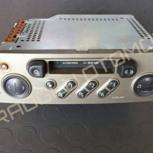 Renault Scenic 2 Kaset Çalar Radyo Teyp 8200300857