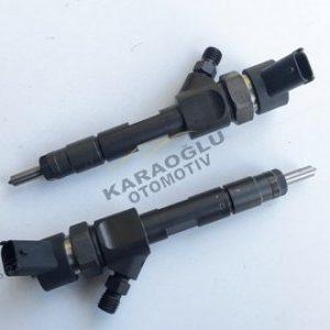 Opel Vivaro Enjektör 1.9 F9Q Dizel 7700107165 7700111014