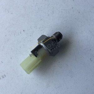 Nissan Qashqai Juke Yağ Basınç Sensörü 1.2 Turbo HRA2DDT 2507000Q0A
