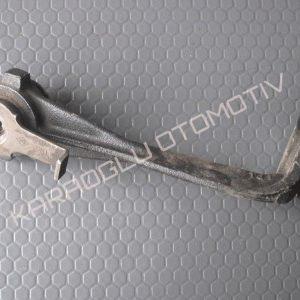 Opel Vivaro Motor Beşiği Askı Kolu Sağ 8200030567 8200626972