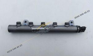 Viano Vito 1.6 R9M Enjektör Yakıt Rampası A6260700095