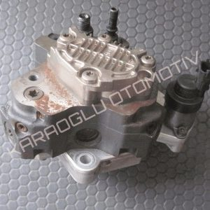 Opel Vivaro Mazot Pompası 1.9 Dizel F9Q 0445010031 8200055072